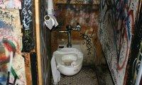 Public Toilet Death