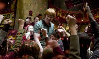 Gryffindor Common Room Party; Ron's a Keeper!