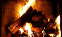 fireplace w/clock