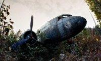 abandoned crashed airplane