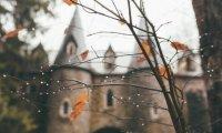 Autumn in Hagrid's hut
