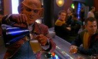 Come to Quark's! Quark's is fun! Come right now! Don't walk, run!