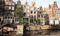 Relax in everyday Amsterdam