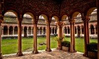 Juliet's courtyard at dawn