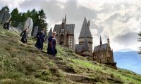 Studying or reading in the Hogwarts Grounds