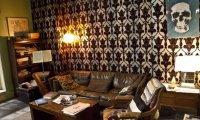 A quiet evening in 221b Baker Street