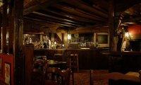 a crowded pub