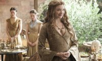 Walk through the gardens of High Garden with Margaery