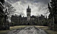 Creepy manor or castle