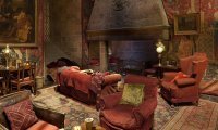 Hogwarts common room in the evening