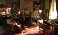 Sherlock Holmes and John Watson apartment