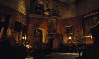 Gryffindor common room night