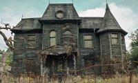 A Creepy Old House At Night
