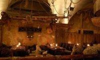 A Dwarven and Human Inn