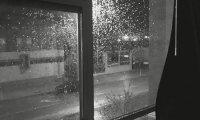 Late night jazz with rain