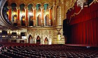 Overture in a theatre