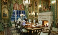 A fine diner with elegant guests