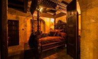 Sleeping in the Castle