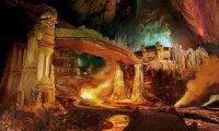 Underground market for dwarves